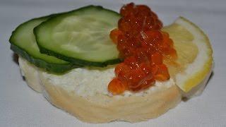 Праздничные бутерброды с икрой. Прекрасный рецепт холодной закуски на новогодний стол