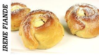 Самые вкусные  и ароматные булочки с творогом из дрожжевого теста