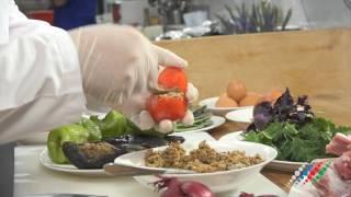 Азербайджанская кухня: весеннее блюдо номер один - долма!