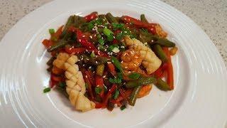 Диетический стир-фрай с морепродуктами.