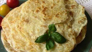 Катлама -  узбекские слоеные лепешки с сыром .