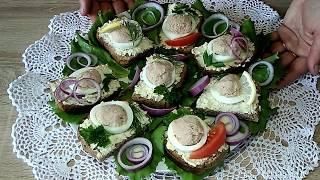 Закусочные бутерброды с икрой трески на скорую руку.
