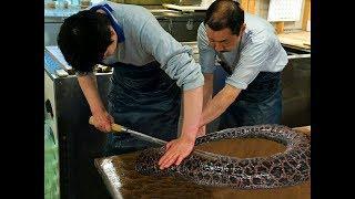 Японская Уличная Еда - Гигантская Мурена - Морепродукты Япония