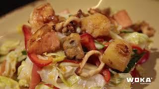 Салат с морепродуктами Woka Asia Food