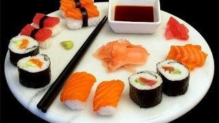 Японские мастера суши. Как готовить суши  роллы